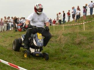 Rasenmäher-Traktoren-Rennen
